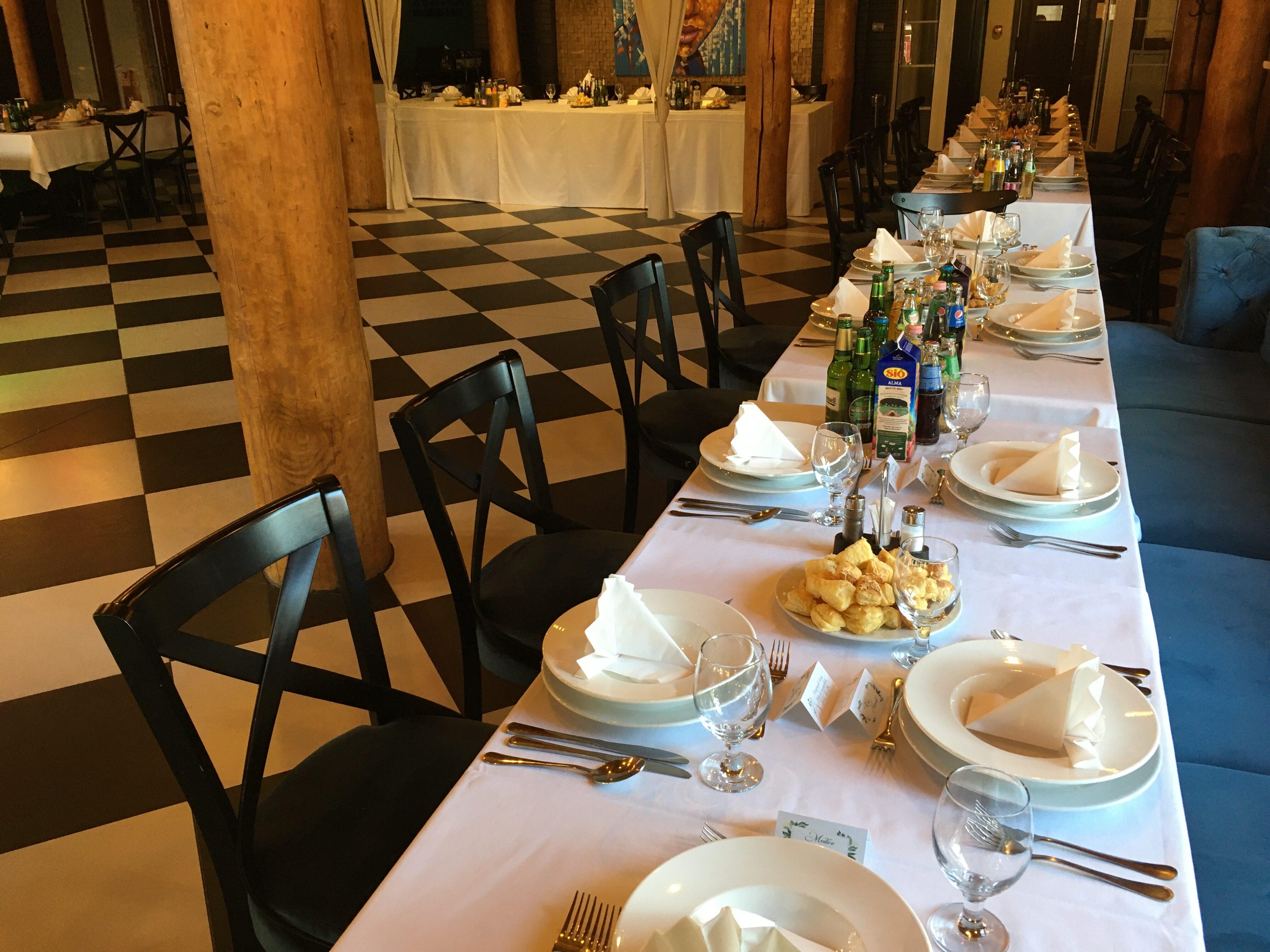 Esküvői asztal Nr.8. Étterem